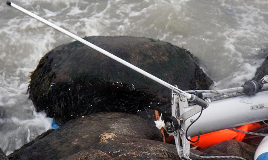Her gik det galt fra en sejler, hvis båd drev ind på Rungsted Havn. Foto: Troels Lykke