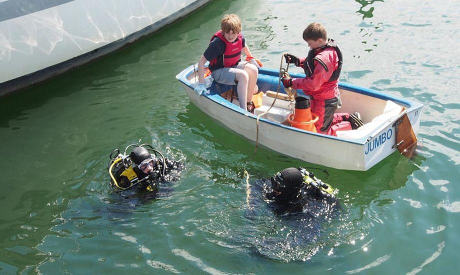 Over 40 frivillige fra søsportsklubber, beboere og dykkere deltog i oprydningen, selv om flere undrede sig over at der ikke var flere. Foto: Ren Havn