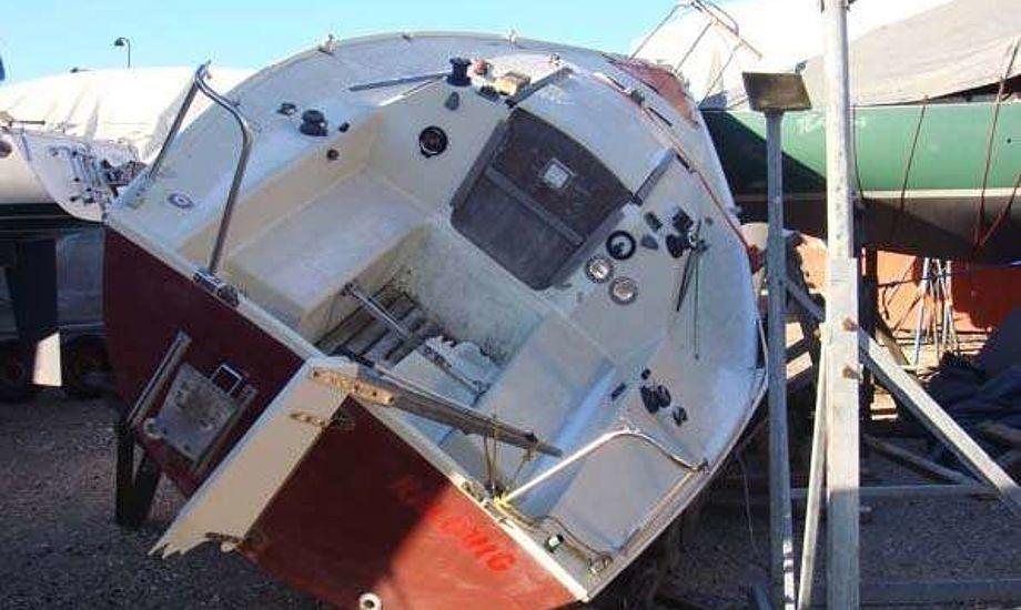 Sørg for båden står godt i stativet, så det ikke går som stakkels Sulaima der væltede i en vinterstorm. Arkivfoto