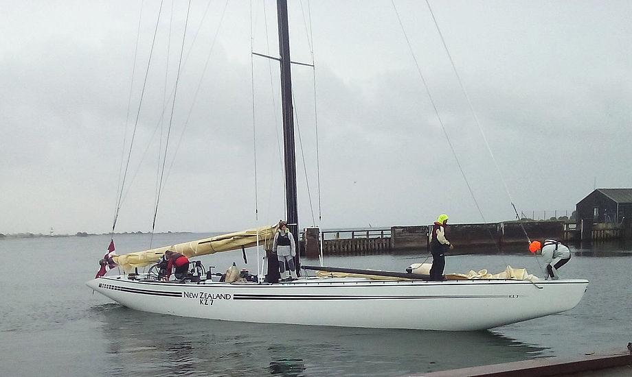 Hvor gammel er bådtypen? Der blev spottet en kulfibermast på. Foto: Søren Peder Jensen