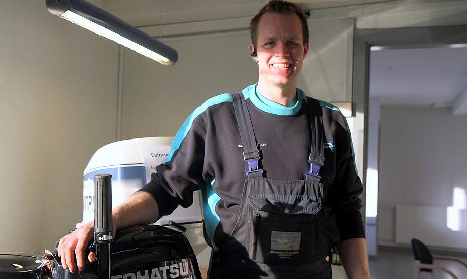 32-årige Bo Bjerg har netop købt lokalerne af Varde Biler A/S. Foto: Sara Sulkjær