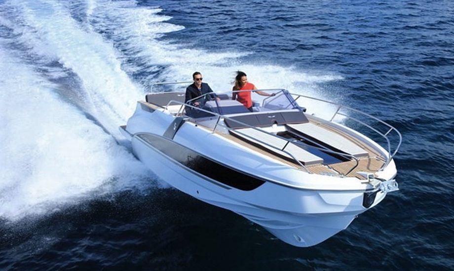 Er der ikke tegnet en forsikring, må man ikke benytte fartøjet, hvis det er under 15 meter.