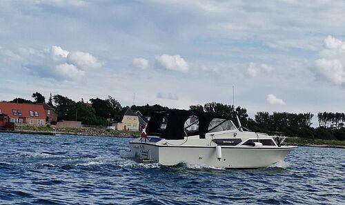 Elendigt sejlervejr til motorbådene efter usædvanligt dybt lavtryk...