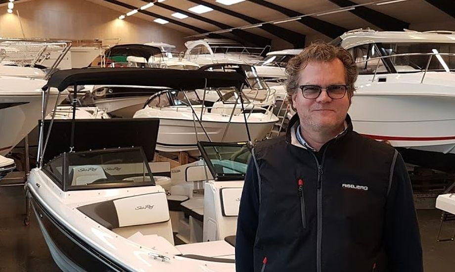 Michael Floor fra Randers sælger nu både hos Risbjerg i Them ved Silkeborg. Foto: Troels Lykke