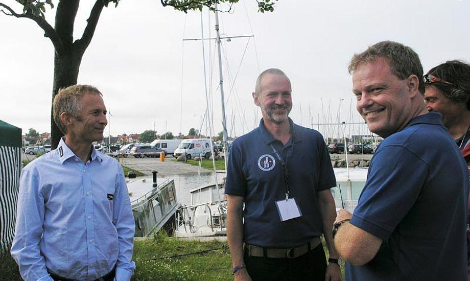 Christian Lerche brugte VHF kommunikation til sejlerne til J/80 VM i Dragør i 2011. Foto: Katrine Bertelsen