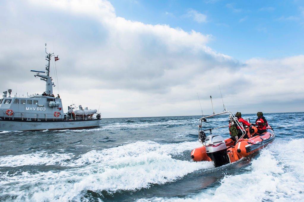 Danskerne støtter den frivillige indsats som ydes fra Marinehjemmeværnets fartøjer og gummibåde. Foto: Skovdal Nordic/Kasper Kamuk.