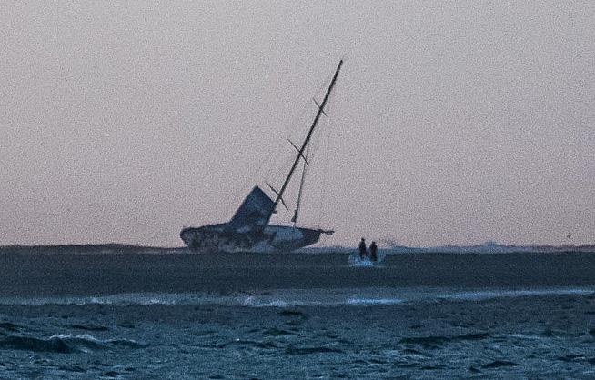 Billedet er taget af Amory Ross fra Team Alvimedica før de sejlede videre.